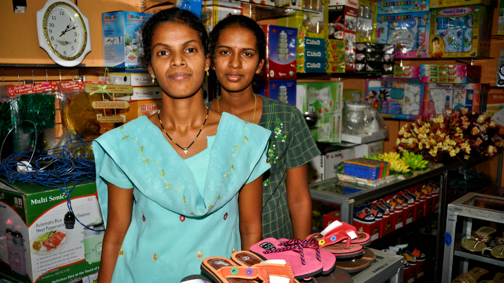 Small businesses in Sri Lanka have benefitted from financing back by guarantees. Photo: ADB