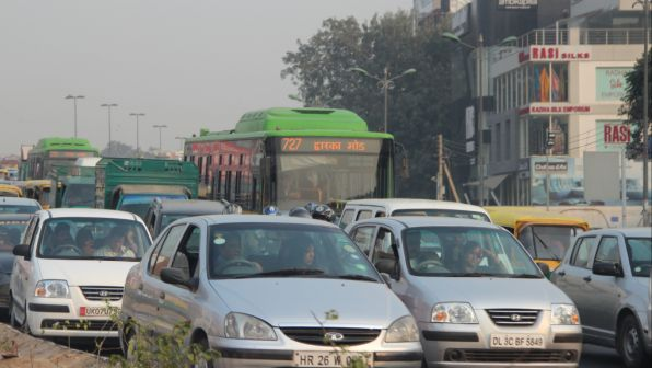 Ever-increasing car use is overwhelming Delhi's streets and worsening air quality. Photo by author.
