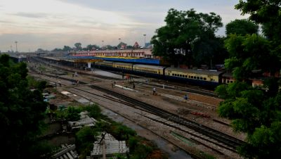 India's extensive legacy rail network, which can make it easier to obtain right of way for new projects, is a rarity in developing countries. Photo: ADB